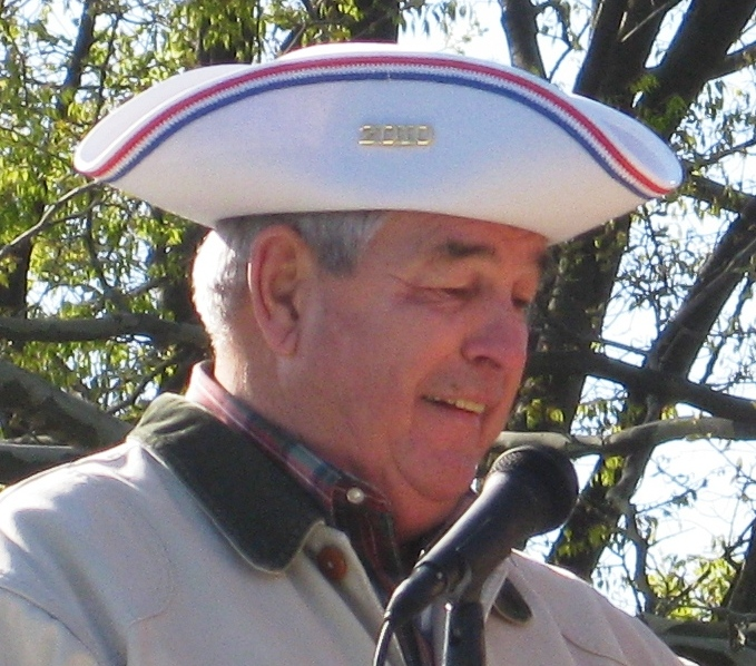 2010 White Tricorn Hat Winner dAVID eAGLE